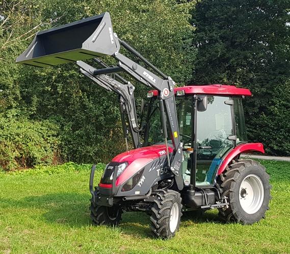 Action promotionnelle -  tracteur TYM T503 SH avec chargeur frontal STOLL